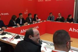 """Sánchez apunta que de las """"grandes crisis"""" se sale """"con enormes dosis de sentido común"""" como las de Iceta"""