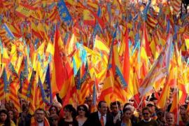 Manifestación en Valencia bajo el lema ''Som valencians, somos españoles, no als països catalans'