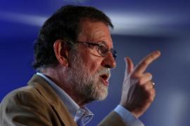 """Rajoy pide que """"la mayoría silenciosa convierta su voz en voto"""" masivamente"""