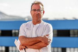 Antonio Cruz: «Para mí es una satisfacción poder ayudar y sacar una sonrisa en los peores momentos»