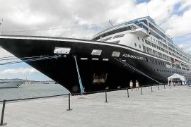 Los cruceristas que desembarcan en Ibiza gastan 80,7 euros al día
