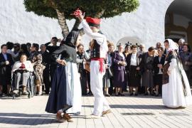 Santa Gertrudis homenajea la 'tercera juventud' de sus mayores