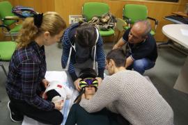 Una veintena de profesionales se forman en la atención al paciente con politraumatismos