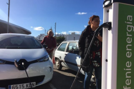 Sant Antoni estrenará el lunes cinco puntos de recarga para vehículos eléctricos