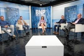 PSOE y Podem achacan a la falta de personal la paralización del Consell