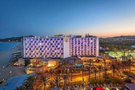 Mercedes-Benz traerá a más de 13.000 personas en febrero a los hoteles de Palladium en Platja d'en Bossa