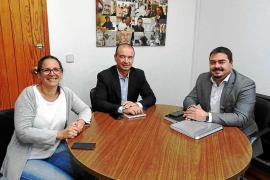 El Consell de Formentera pide al senador la renovación del convenio de carreteras