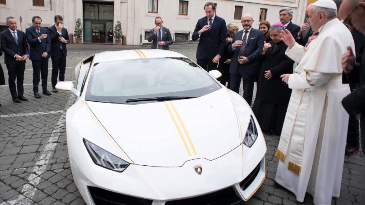 La casa Lamborgini regala un coche al Papa Francisco para que lo subaste