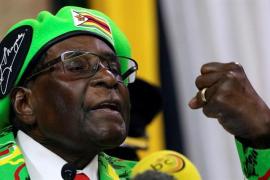 Mugabe se reúne con el jefe del Ejército y con los emisarios de Sudáfrica