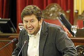Podemos pide la dimisión de Barceló porque «daña la imagen» del Govern