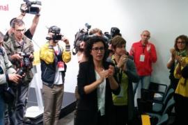 Los independentistas mantendrán la mayoría absoluta en Cataluña tras el 21D, según un sondeo