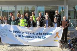 Minuto de silencio por las víctimas de los accidentes de tráfico