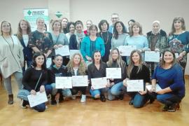 La Pimeef entrega los diplomas a las alumnas del curso de dirección de pisos