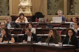 Cerrada defensa de Armengol a Barceló ante las críticas de PP y C's