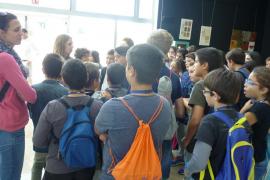 Alumnes del CEIP Jaume I de Palmanova varen anar de visita a Es Parc - Tirme i Grup Serra