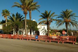 Este miércoles han comenzado las reformas de la plaza de la Iglesia de Formentera.