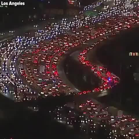 Monumental atasco en Los Ángeles por Acción de Gracias
