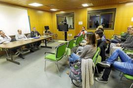 Ninguno de los 11 candidatos para cubrir ocho interinidades para Urgencias tiene el catalán