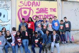 Los estudiantes del IES Sa Colomina corren por los niños del Sudán