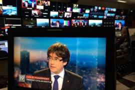 Puigdemont se ofrece a debatir con Rajoy en Bélgica