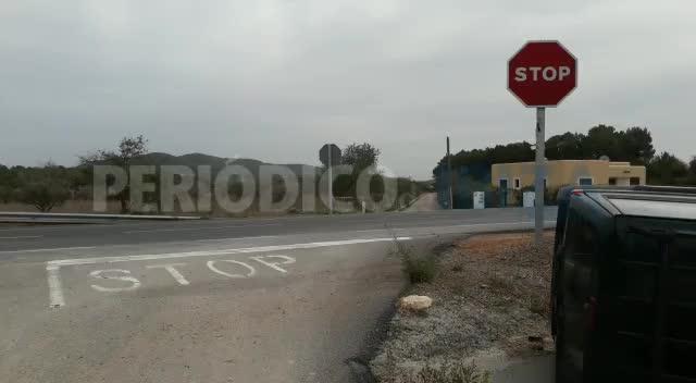 Un todoterreno vuelca en la carretera de Sant Joan