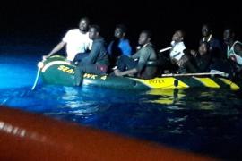 Rescatadas 72 personas en aguas andaluzas a bordo de dos pateras