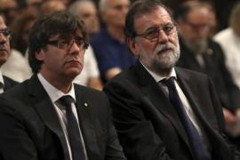 Carles Puigdemont cuestiona la actuación de la Policía y el CNI en los atentados de Barcelona y Cambrils