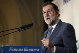 """Rajoy: """"Es absurdo pretender que Cataluña se vaya fuera de la UE"""""""