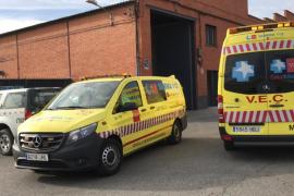 Una fallecida y más de 20 intoxicados en el incendio de una vivienda en Madrid