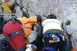 La Guardia Civil rescata a dos montañeros catalanes que querían poner una estelada en el Pirineo de Huesca