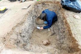 Finaliza sin éxito el primer día de exhumación de la fosa de Sant Ferran