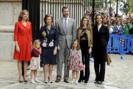 La Reina y los Príncipes harán una donación como regalo a Guillermo y Kate Middleton