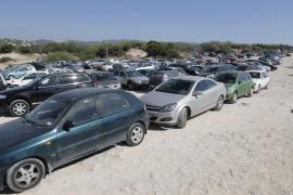Cala Comte, Cala d'Hort y Cala Bassa tendrán aparcamientos de pago