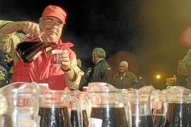 Unos 400 litros para honrar mañana al 'vi pagès' de Sant Mateu
