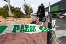Alarma en el parquin del aeropuerto de Ibiza por un coche robado