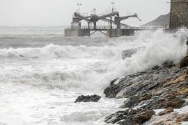 La borrasca 'Ana' deja rachas de viento de 87 km/h y numerosos incidentes en las Pitiusas