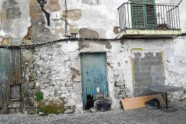 PROU! denuncia el abandono de Dalt Vila y sus múltiples irregularidades
