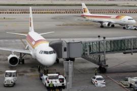 Los trabajadores de Iberia convocan huelga entre el 21 y el 24 de diciembre en el aeropuerto de Barcelona