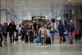 El aeropuerto de Ibiza registra en noviembre un crecimiento del 18,7% en viajeros