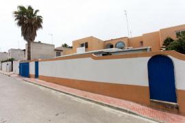 Sant Antoni ordena la demolición de las obras ilegales del 'chalet patera'
