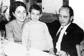 Adiós al pintor Toni Pomar, «el último referente de la Ibiza más clásica y eterna»