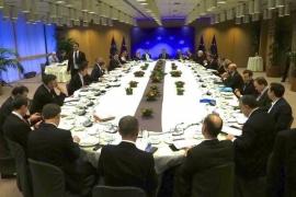 Los Veintisiete dan su visto bueno a la segunda fase de la negociación del 'Brexit' en la UE