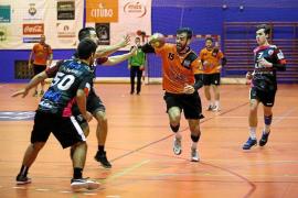 El HC Eivissa demuestra su poderío (19-22)