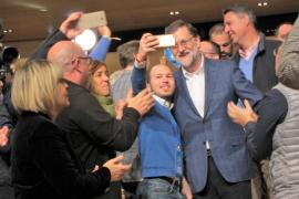 """Rajoy pide el voto porque """"nada se podrá construir en Catalunya sin el PP"""""""