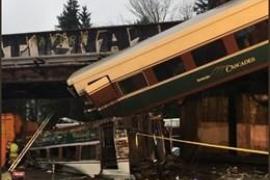 Al menos tres muertos y más de 70 heridos por el descarrilamiento de un tren cerca de Seattle