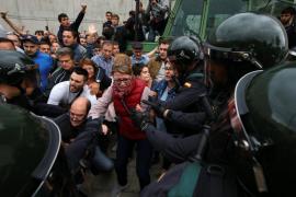 Más de 17.000 mossos, policías nacionales, guardias civiles y policías locales vigilarán los comicios