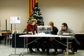 Un 68,33% de catalanes vota hasta las 18 horas, 5,21 puntos más que en 2015