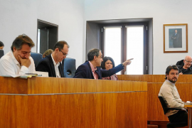 El PP acusa a Vila de «vestir» unos desahucios por impago que ha ejecutado «sin temblarle el pulso»