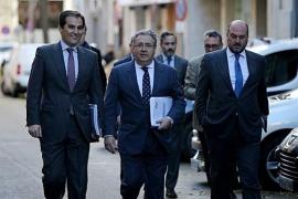 Zoido anuncia nuevas medidas antiterroristas para controlar el alquiler de vehículos y hospedajes
