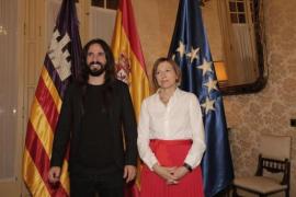 Críticas a la visita de Carme Forcadell al Parlament invitada por Picornell